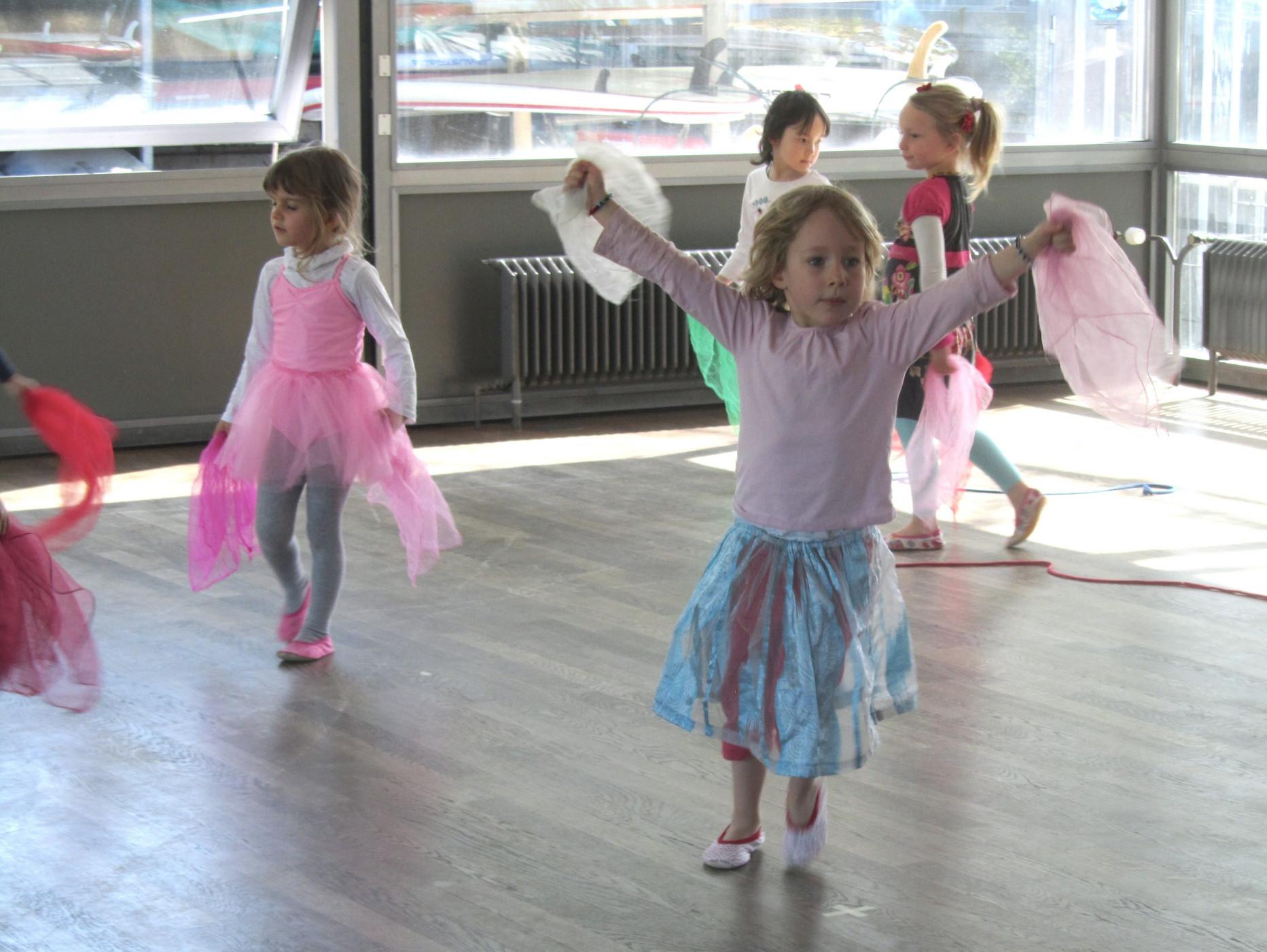 Kreativer Kindertanz Kurse für 4 – 7 jährige Kinder